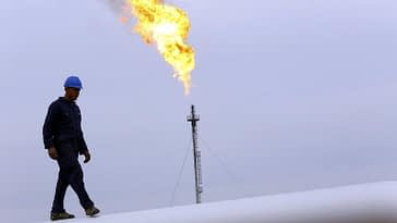 Oil Bulls Win for 8th Week With Brent at $85; US, China Issues on Backburner