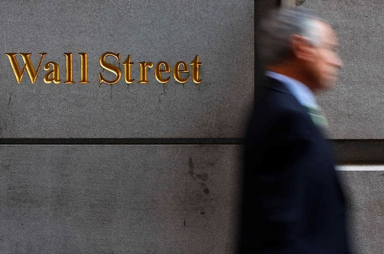 U.S. stocks mixed at close of trade; Dow Jones Industrial Average down 0.14%