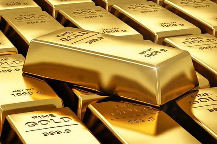 In an Unimpressive August, Gold Moves a Notch Higher